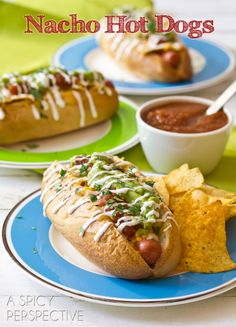 """""""FANCY HOT DOG"""" Nacho Hot Dogs - This easy hot dog recipe, loaded with nachos is both fun and tasty! Pile on your favorite nacho toppings with crumbled tortilla chips. Hamburgers, Hot Dog Recipes, Corn Dogs, Chapati, Tortilla Chips, I Love Food, Hot Dog Buns, Mexican Food Recipes, The Best"""