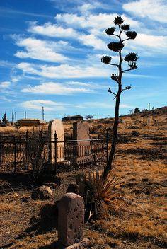 Pioneer Cemetery, Fort Davis, Texas photo by Bonnie Jones Road Trip Usa, Texas Roadtrip, Texas Travel, Fort Davis Texas, Alpine Texas, Old Cemeteries, Graveyards, Abandoned Places, Abandoned Castles