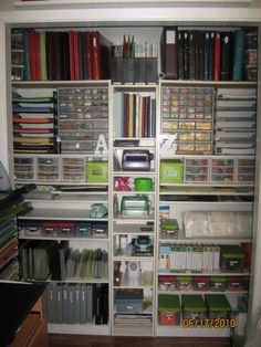 Scrap Closet...In my dreams!!!!! Wow... I wish I had an elf to come and do this to my sewing room