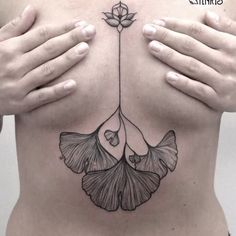 Ginkgo leaves are perfect for dainty and subtle tattoos. Dreieckiges Tattoos, Botanisches Tattoo, Boho Tattoos, Subtle Tattoos, Sternum Tattoo, Time Tattoos, Flower Tattoos, Leaf Tattoos, Body Art Tattoos