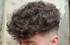 Coupe de cheveux Curly Male Guys New Ideas Make Hair Curly, How To Curl Short Hair, Very Short Hair, Curly Hair Cuts, Curly Hair Styles, Long Hair, Guys With Curly Hair, Men Hair Cuts, Men Haircut Curly Hair