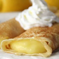 Lemon Crepes--recipe for the crepes and the lemon curd. Top with whipped cream. I love crepes and I love lemon curd and together they would be MAGNIFICENT. Lemon Desserts, Lemon Recipes, Sweet Recipes, Breakfast Desayunos, Breakfast Recipes, Dessert Recipes, Recipes Dinner, Dinner Ideas, Mexican Breakfast