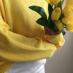 Image about girl in yellow by elaine on We Heart It Yellow Tulips, Pastel Yellow, Shades Of Yellow, Mellow Yellow, Purple, Color Yellow, Aesthetic Colors, Flower Aesthetic, Aesthetic Photo