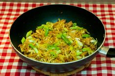 Spitskool wokken op z'n Thais