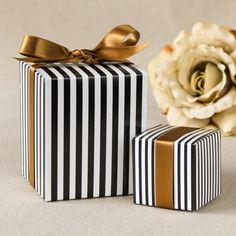 Black Gold Party Add a modern yet classic touch to your shower or wedding with these striped favor boxes. - Add a modern yet classic touch to your shower or wedding with these striped favor boxes. Wedding Favor Boxes, Unique Wedding Favors, Wedding Party Favors, Wedding Gift Wrapping, Wedding Card, Gold Wedding, Wedding Reception, Creative Gift Wrapping, Present Wrapping