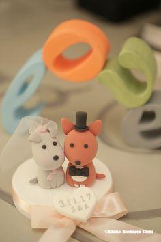 dogs Wedding Cake Topper-love dog ,pets cake topper with LOVE letters cake decoration #weddingideas #planning #puppy #animalscaketopper #custom #handmade #unique #LOVEsign #initials #claydoll #sculpted #pastel #weddingthings #marriage #justmarried #gift #cakedecor #ceremony #kikuikestudio #犬 #chien #Hund #Hochzeit #結婚式 #mariage #Boda #häät #couplecaketopper