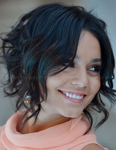 short wavy hairstyles for women - loose wavy bob.. Would be great sleek as well..
