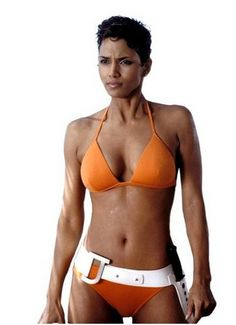 "Halle Berry plays the best crack head ever. It says so much about an actress who can be ""ugly"" for a role."
