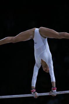 Obraz znaleziony dla: Extreme College Gymnastics Girls Close-Ups Gymnastics Photos, Artistic Gymnastics, Gymnastics Girls, Gymnastics Leotards, Acrobatic Gymnastics, Female Gymnast, Sport Body, Female Athletes, Sport Girl