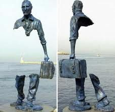 Funny pictures about Awesome sculpture. Oh, and cool pics about Awesome sculpture. Also, Awesome sculpture photos. Illusion Kunst, Street Art, Art Du Monde, Instalation Art, Photo D Art, Man Photo, Art Sculpture, Bronze Sculpture, Freedom Sculpture