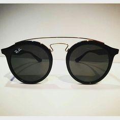 Pinterest: @karengm29 http://feedproxy.google.com/fashiongoSungalsses1