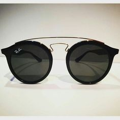 3a7355fe565ea8 59 meilleures images du tableau Lunettes   Sunglasses, Glasses ...