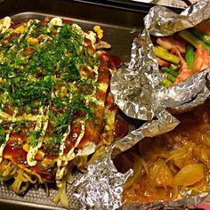 鉄板居酒屋風。 - 6件のもぐもぐ - 広島お好み焼き、ホルモン焼き、アスパラとベーコン by mogumogutahnp