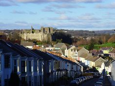 A view of Oystermouth Castle taken from the top of Woodville Road in the village.Woodville Road was also the home of the Vivaldi family of the BBCWales TV series of the same name     I like this one