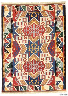 New Kilim Rug Hand Woven With Vegetable Dyed And Spun Wool In Turkey The Fringes Can Be Removed Upon Request If You Like Design Of This