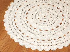 "Handmade Crochet Doily Rug SARA - Off White - Round 35"" / 90cm. I'd really love one for my house! Just lovely!"