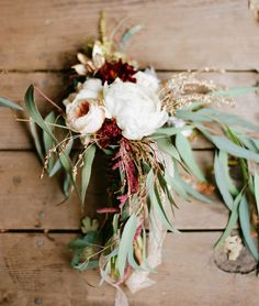 Handmade Fall Barn Wedding: Tara + Nick // Ryan Ray Photography  I love this bouquet!  Oh so much!