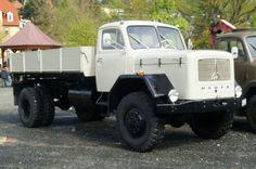 Magirus-230D16-Bj1969-Kipper-grau