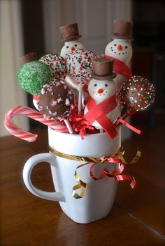 I made my first Christmas cake pops!