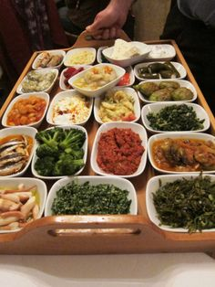 Love that meze tray! Typically Turkish, a selection of appetizers! This one at Pera Balık in Beyoğlu.