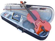 Violin de 4/4 SM-VL004.Trasera y lados madera arce,tapa Abeto s�lido. Diapas�n en palorosa,clavijeros y mentonera en madera de boj.Tama�o 4/4. Micro afinadores.Superficie: Brillante. Estuche con correas para transporte a mochila.Arco y rosin http://economusic.es/es/84-violines-acusticos?live_configurator_token=22978b2d1b4259fba3247d0fe83fe01a&id_shop=1&id_employee=1&theme=theme5&theme_font=