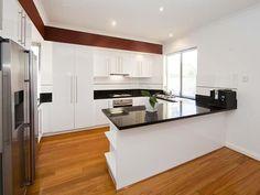 U-shaped kitchen designs