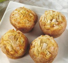 Rating: (from 2 votes) Queques de Apple Recipes, My Recipes, Sweet Recipes, Biscuit Cupcakes, Cupcake Cookies, Muffins, Good Food, Yummy Food, Portuguese Recipes