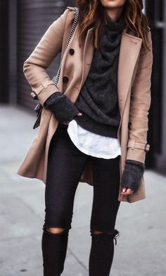 · Camel Coat + Black Ripped Jeans + Dark Sweater- I really love the layered look in this outfit Fashion Mode, Look Fashion, Autumn Fashion, Fashion Trends, Fashion Ideas, Fashion Outfits, Womens Fashion, Ladies Fashion, 2010s Fashion