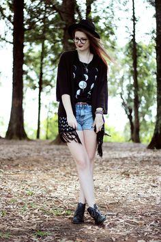 Camila Rech do blog Meninices da Vida com a Long Slim Fases da Lua.