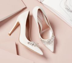Where to Buy Wedding Shoes in Ireland Designer Wedding Shoes, Designer Heels, Bridal Sandals, Bridal Shoes, Sparkly Wedding Shoes, Block Heel Shoes, Kinds Of Shoes, Beautiful Shoes, Shoes