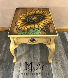 Hand stained sunflower design! Base of table is painted in Wise Owl Goldenrod #repurposedfurniturenightstand
