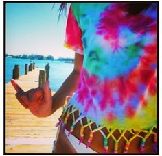 Cool tie dye shirt for the summer.