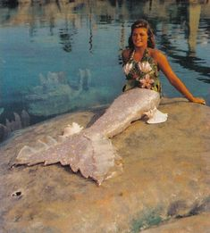 Yes, Disneyland had REAL mermaids in the Submarine Voyage attraction before they became extinct.