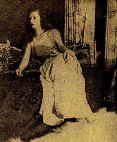 De ieri şi de azi: Actori aproape uitați: Aura Buzescu Artist, Painting, Artists, Painting Art, Paintings, Painted Canvas, Drawings
