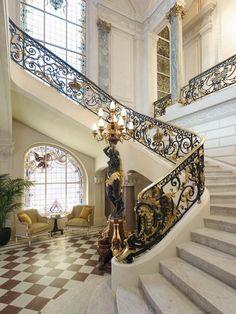 ♔ Shangri-La Hotel ~ Paris