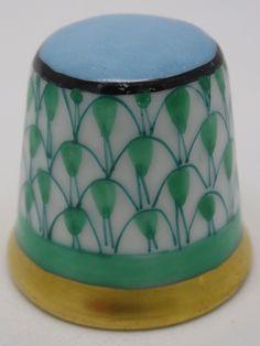 Herend Thimble. Porcelana. Hungria. Thimble-Dedal-Fingerhut.