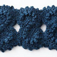 Bernat: Pattern Detail - Alpaca - Figure Eight Cowl ( free crochet pattern)