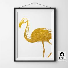 This beautiful retro Flamingo will make the perfect playful addition to your artwork collection. It has detailed linework, a retro feel, and a