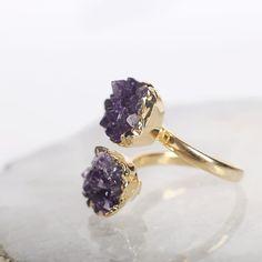 Jewelry and Decor from Brazil в Instagram: «🇷🇺 Ещё одна наша новинка с аметистом - двойное кольцо. Элегантное и аккуратное, но в то же время - необычное, которые точно не останется без…» Druzy Ring, Rings, Jewelry, Jewellery Making, Ring, Jewerly, Jewlery, Jewelery, Jewelry Rings