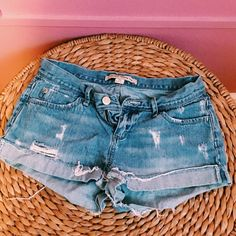 Forever 21 Jean Shorts Blue Jean Shorts that are Perfect for Summer! They have a denim washed look, but are practically brand new! Forever 21 Shorts Jean Shorts