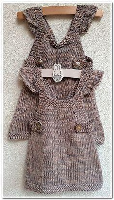 Snurr-Meg-Skjørt / Triple Skirt pattern by Knit Me - Her Crochet Knit Baby Dress, Knitted Baby Clothes, Fall Knitting, Knitting For Kids, Baby Knitting Patterns, Diy Crafts Knitting, Pull Bebe, Big Knits, Patterned Jeans