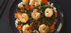 Healthy Recipes Shrimp with Garlic and Kale looks and tastes just as good as any restaurant. Our homemade version is low in calories and high in protein making it a fast healthy dinner. Fish Recipes, Seafood Recipes, Asian Recipes, Chicken Recipes, Healthy Cooking, Healthy Eating, Cooking Recipes, Healthy Recipes, Cooking Rice
