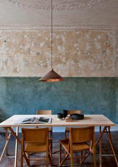 .Modern wabi sabi table ,chairs ,lamp