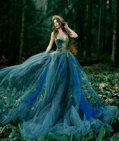 Grey Evening Dresses, Elegant Dresses, Formal Dresses, Ball Gown Dresses, Tulle Dress, Peacock Colors, Sacred Feminine, Fantasy Dress, Blue Fashion