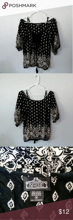 2acc2190716b Angie s Blouse Women s size medium Annie s blouse. Black  amp  white boho  looking cold shoulder