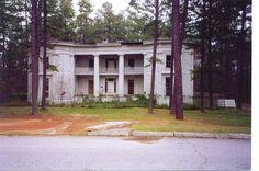 Abandoned plantation in GA. Haunting.