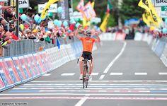 Jon Izagirre (Euskaltel - Euskadi) then soloed the 2 km flat run to the line in Falzes to win by 16s
