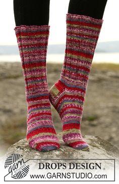 "Ravelry: Socks in ""Fabel"" pattern by DROPS design Drops Design, Knitting Patterns Free, Free Knitting, Magazine Drops, Drops Patterns, Knit Stockings, Knit Basket, Fruit Pattern, Knitted Slippers"