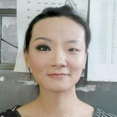 """In an upload titled """"The power of makeup,"""" Reddit user """"munner83"""" publicly posted a picture of herself showing one side of her face with makeup and the other side makeup-free. Powerful indeed! Yahoo News has the story: http://yhoo.it/I075Zq"""