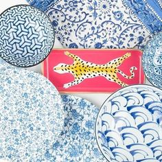 Stand out from the crowd #nlueandwhite #leopardisaneutral #tray